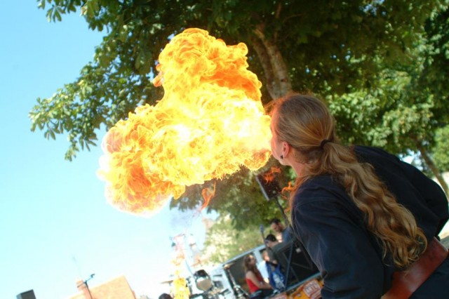 cracheur-feu- animations st lyphard 2019