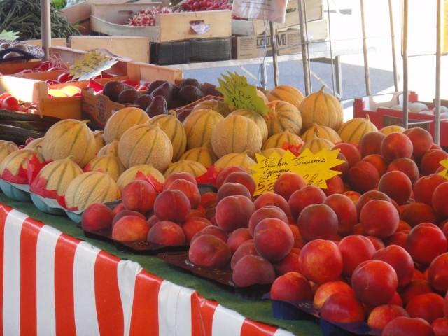 Traditional market in Batz-sur-Mer