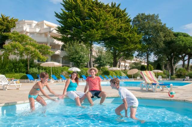 Goélia-résidence-royal-park-la-baule_piscine