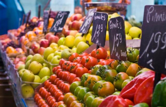 The market of  La Baule - Le Guézy district