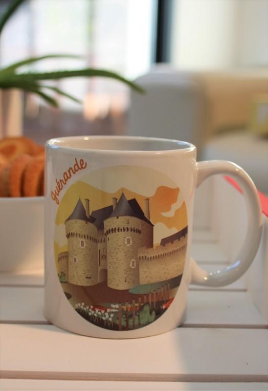 Boutique en ligne - mug cité médiévale Guérande - Office de Tourisme La Baule Presqu'île de Guérande