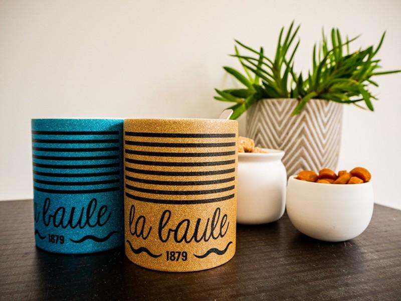 Boutique en ligne - Mug paillettes La Baule or et turquoise - Office de tourisme La Baule Presqu'île de Guérande