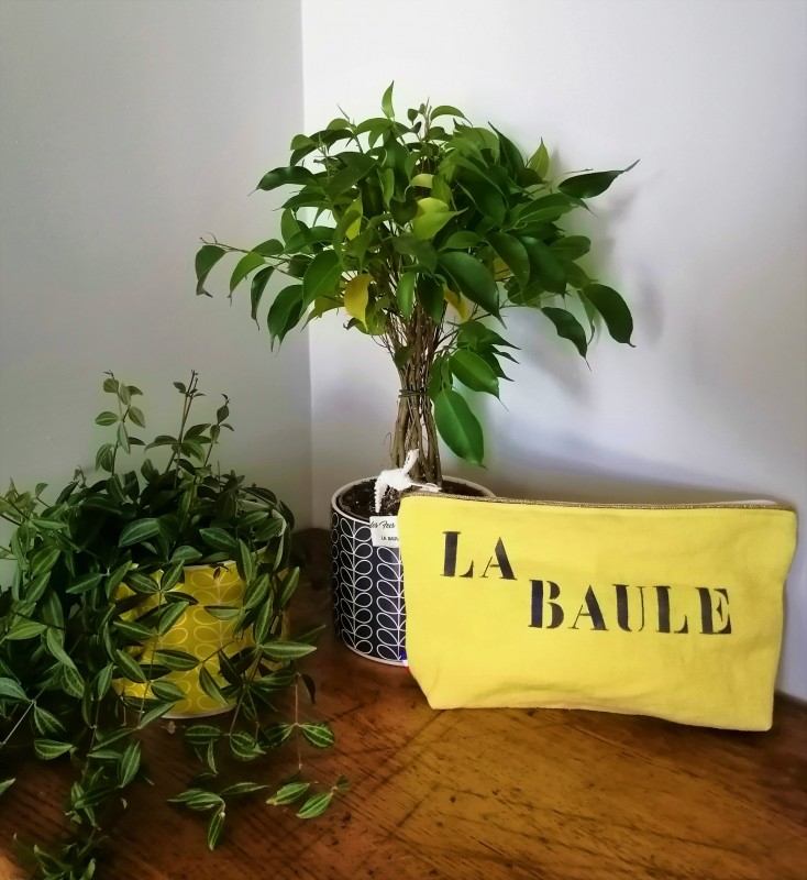 Boutique en ligne - pochette lin et paillettes La Baule jaune - Office de Tourisme La Baule Presqu'île de Guérande