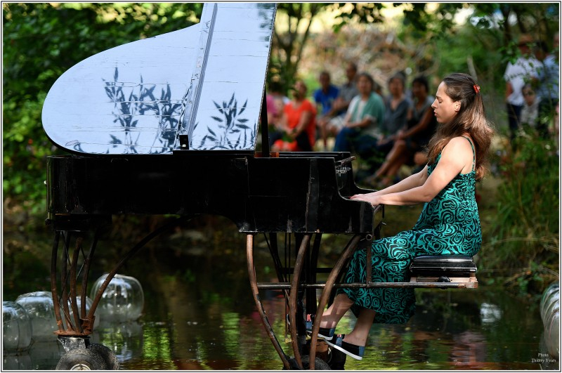 hd-piano-flottant-avec-alice-rosset-photo-thierry-yvars