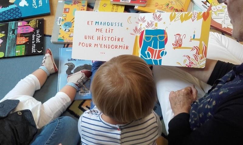 Ouvrez les livres aux bébes de la Madeleine